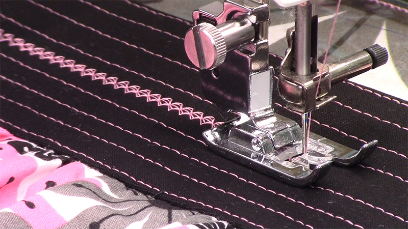 Video Sew-A-Long: Manicure Bag Part 4