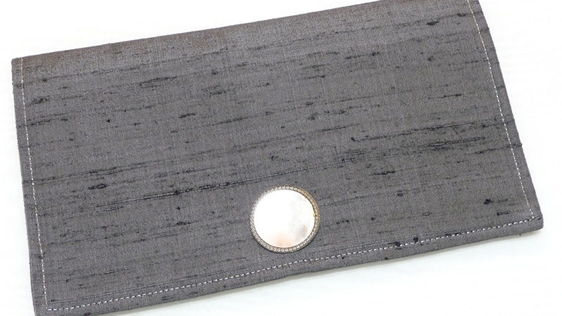 Make Your Own Clutch Purse with Invisible Zipper