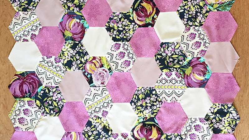 Sewing Hexagons – The Dreaded Y-Seam