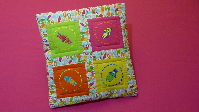 Quilt-in-a-Pillow for Little Ones: Foot of the Month