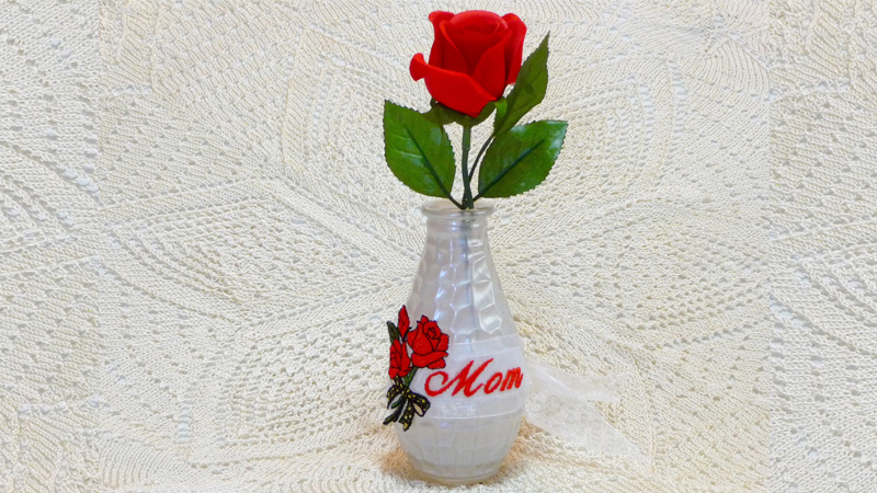 Free Design: A Rose is a Rose for Mother's Day