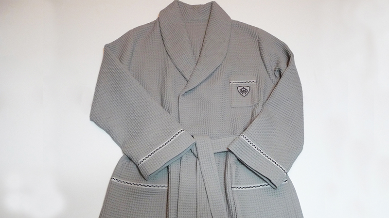 Foot of the Month: Spa Style Men's Robe