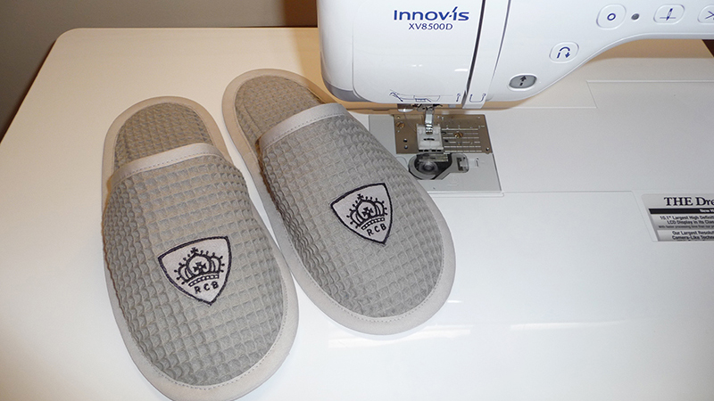 Free Design: Slippers Crowned for a King