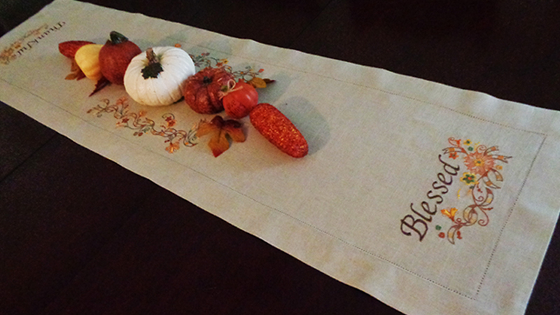 Decorative Thanksgiving Table Runner