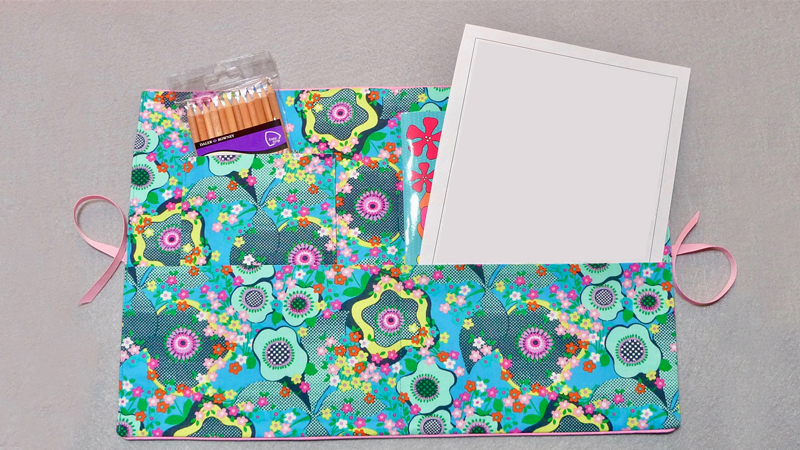 Foot of the Month: Fabric Folder with Piped Edges