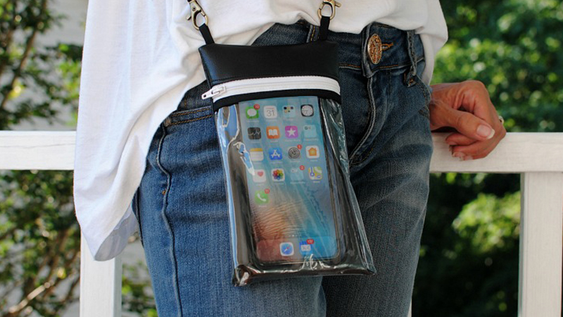 Functional DIY Phone Cross-Over Pouch