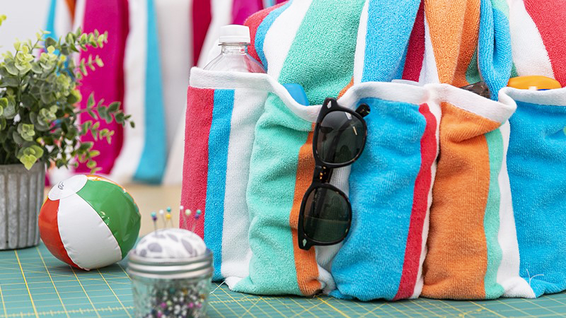 Fun in the Sun: DIY Beach Towel with Pockets
