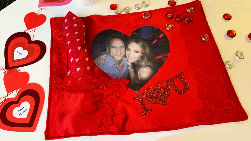 Upcycling Project: Valentine's Day Sweethearts Placemat