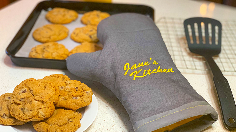 Custom Embroidered Oven Mitt